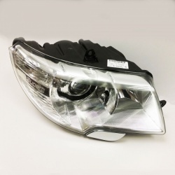 Genuine Skoda Superb Headlamp LHD